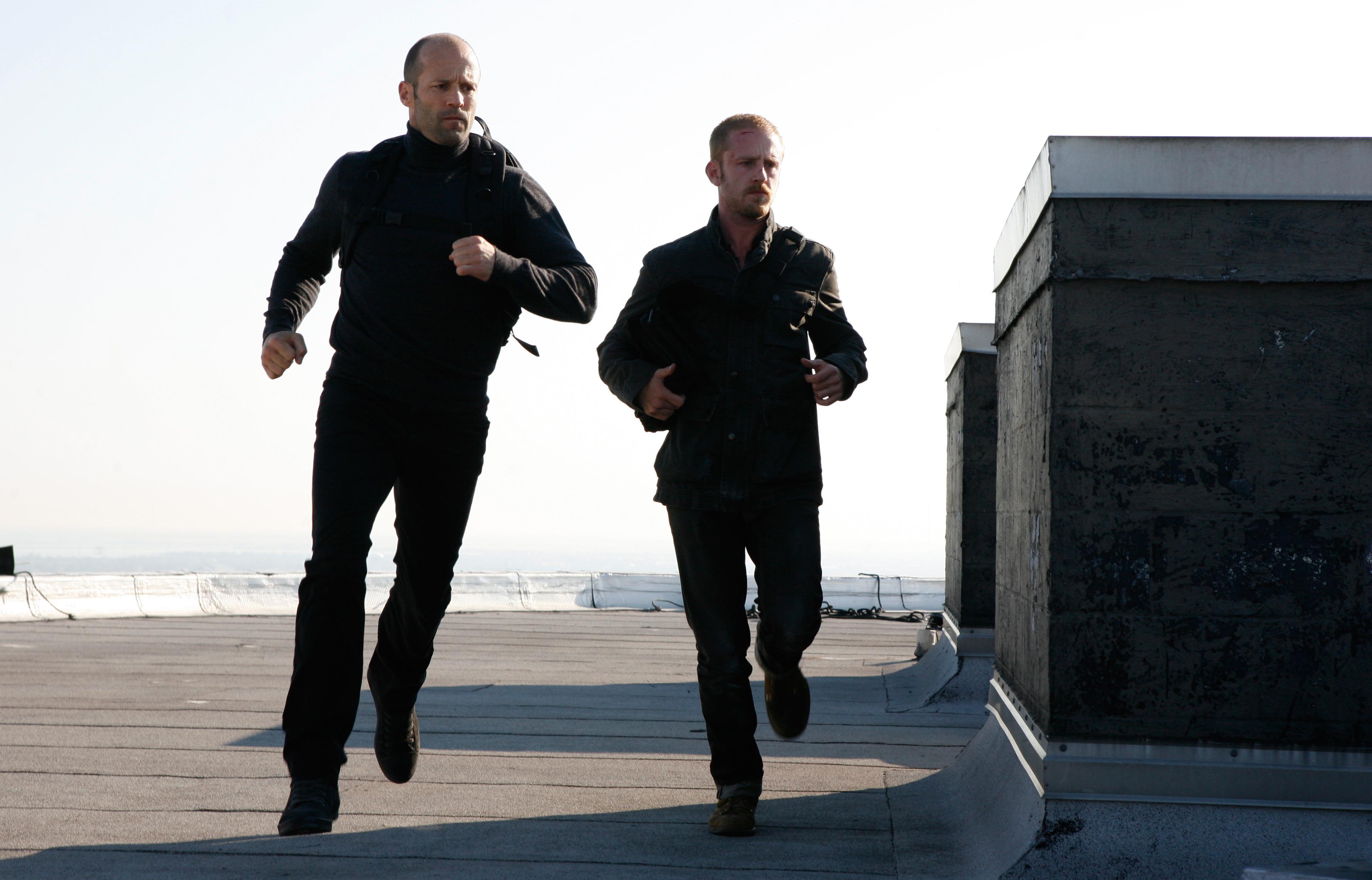 Ben Foster y Jason Statham estelarizan El Especialista