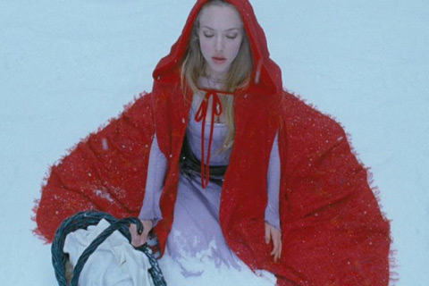 red riding hood- manda seyfried