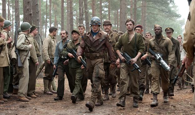 El cap y los Howling Commandos, asi o mas FUA