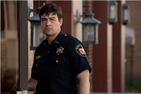 Kyle Chandler interpreta a Jacson Lamb