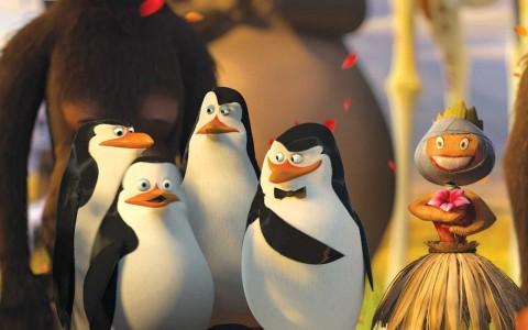 Pinguinos Madagascar Muñeca