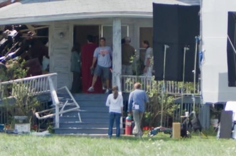 Superman llegando a su casa