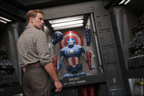 The Avengers Cap y su traje