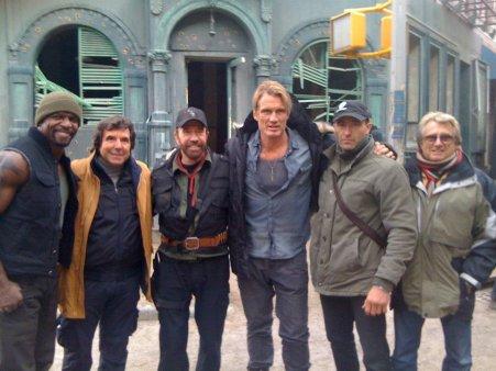 El gran Chuck Norris se une al elenco