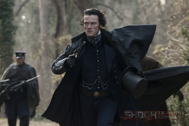 Luke Evans The Raven El Cuervo