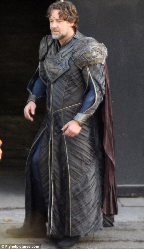Russell Crowe es Jor-El
