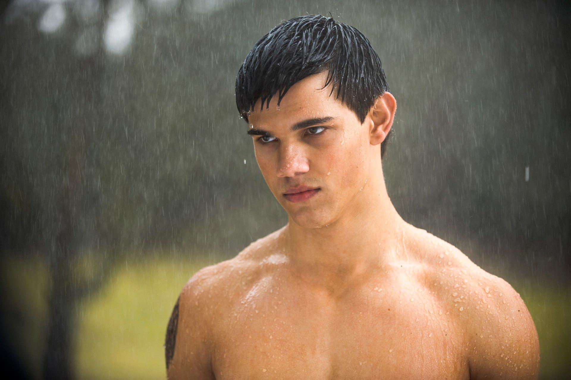 Taylor Lautner as Jacob Black