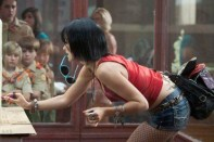 Olivia Wilde como una sexy stripper