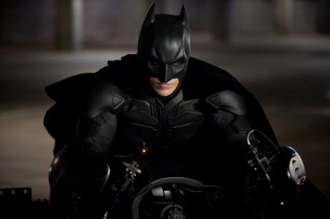 batman caballero noche asciende batpod