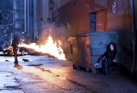 Selene... la super vampira, pero no aprueba de fuego