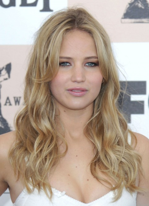 Una excelente actriz Jennifer Lawrence y mur hermosa tambien