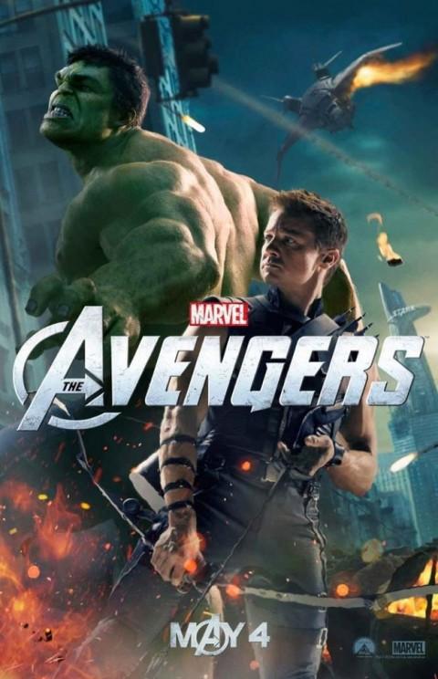 Hackeye y Hulk pelearan por la tierra