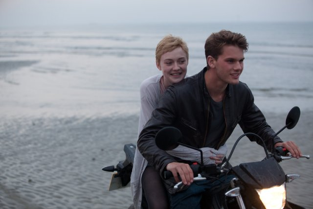 dakota fanning jeremy irvine now is good