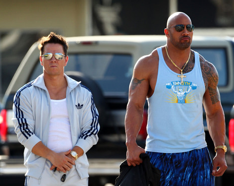 pain gain dwayne johnson wahlberg