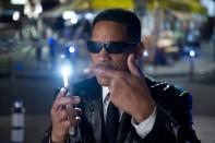 neuralizador agente j hombres negro 3