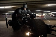 batman asciende batpod