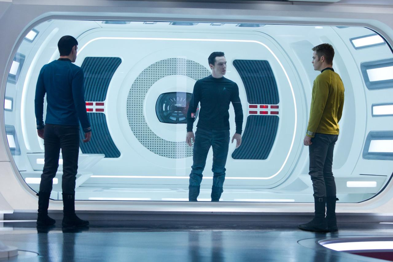 star trek into darkness chris pine zachary quinto benedict cumberbatch