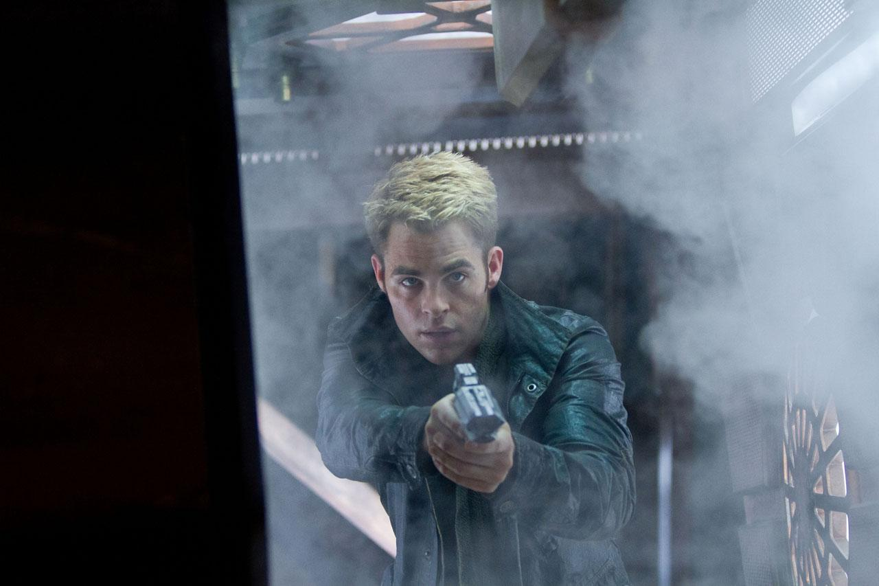 chris pine kirk star trek oscuridad