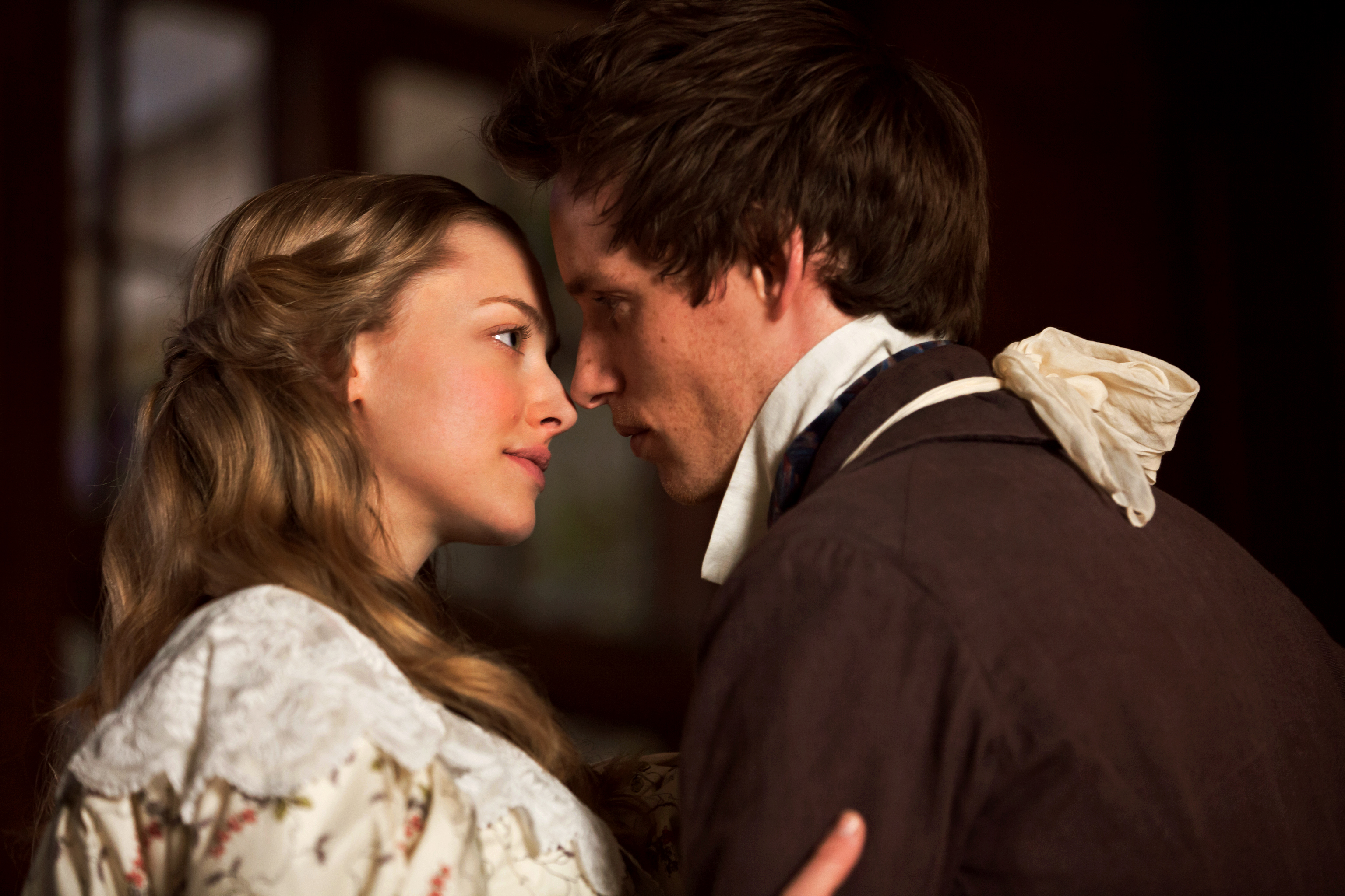 amanda seyfried eddie redmayne los miserables 2012