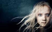 cosette los miserables 2012 niña