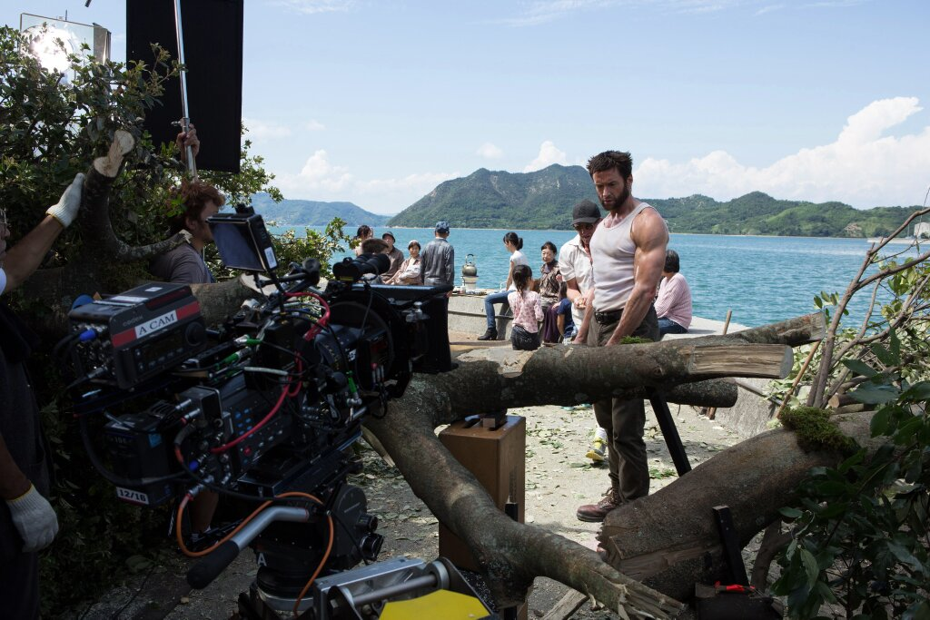 the wolverine set hugh jackman 2013