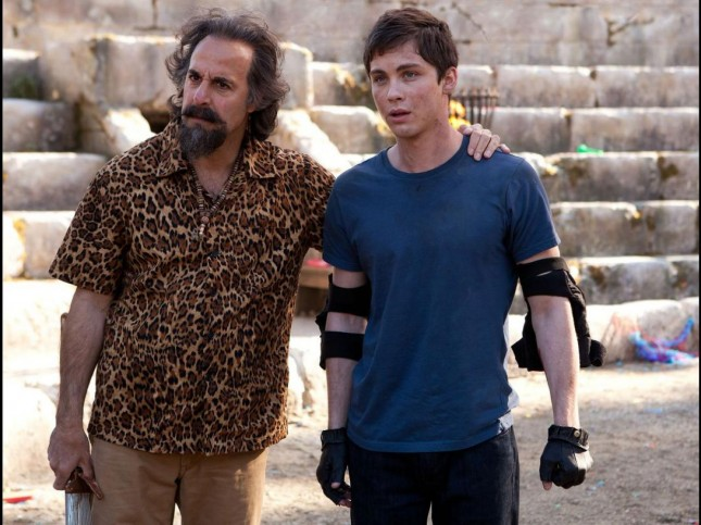 logan lerman percy jackson mar monstruos