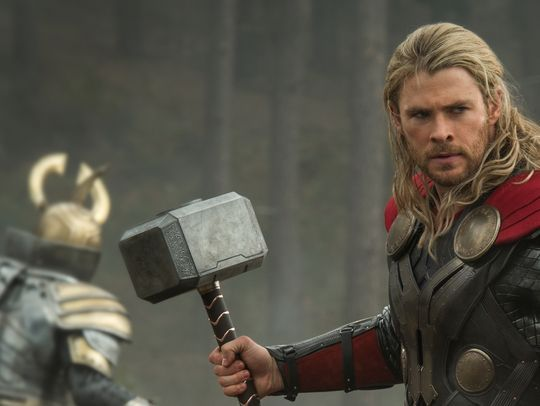chris hemsworth thor 2 mundo oscuro