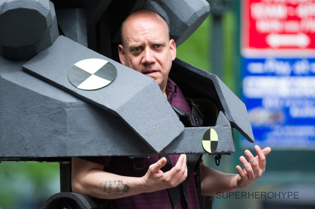 paul giamatti rhino traje set