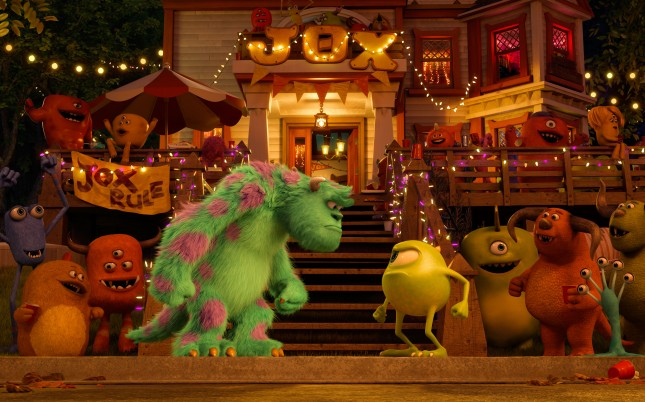 monsters university sulley vs mike wazowski
