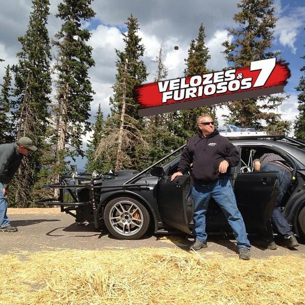 fast-and-furious-7-set-image-1