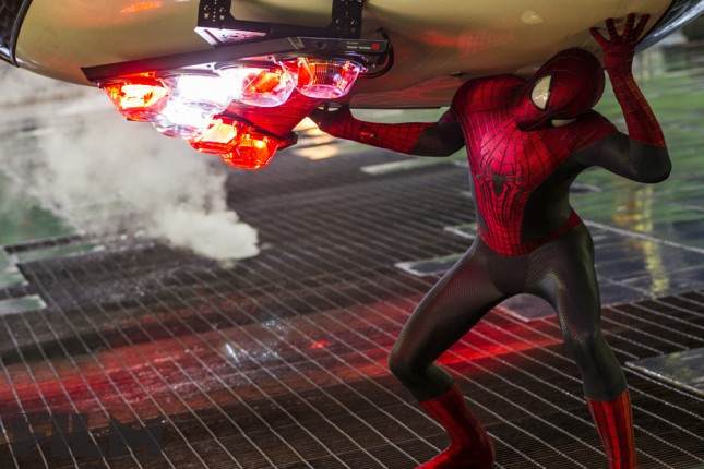 amenaza de electro spiderman andrew garfield