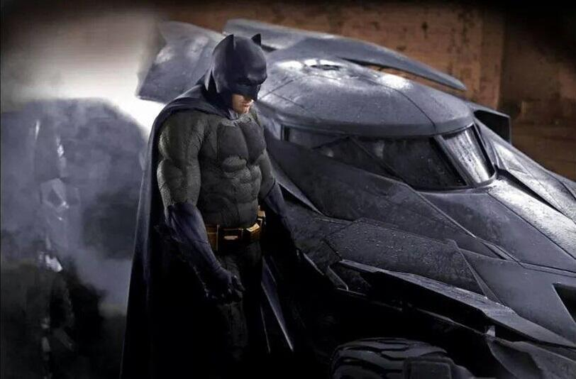 batman traje a color 2014