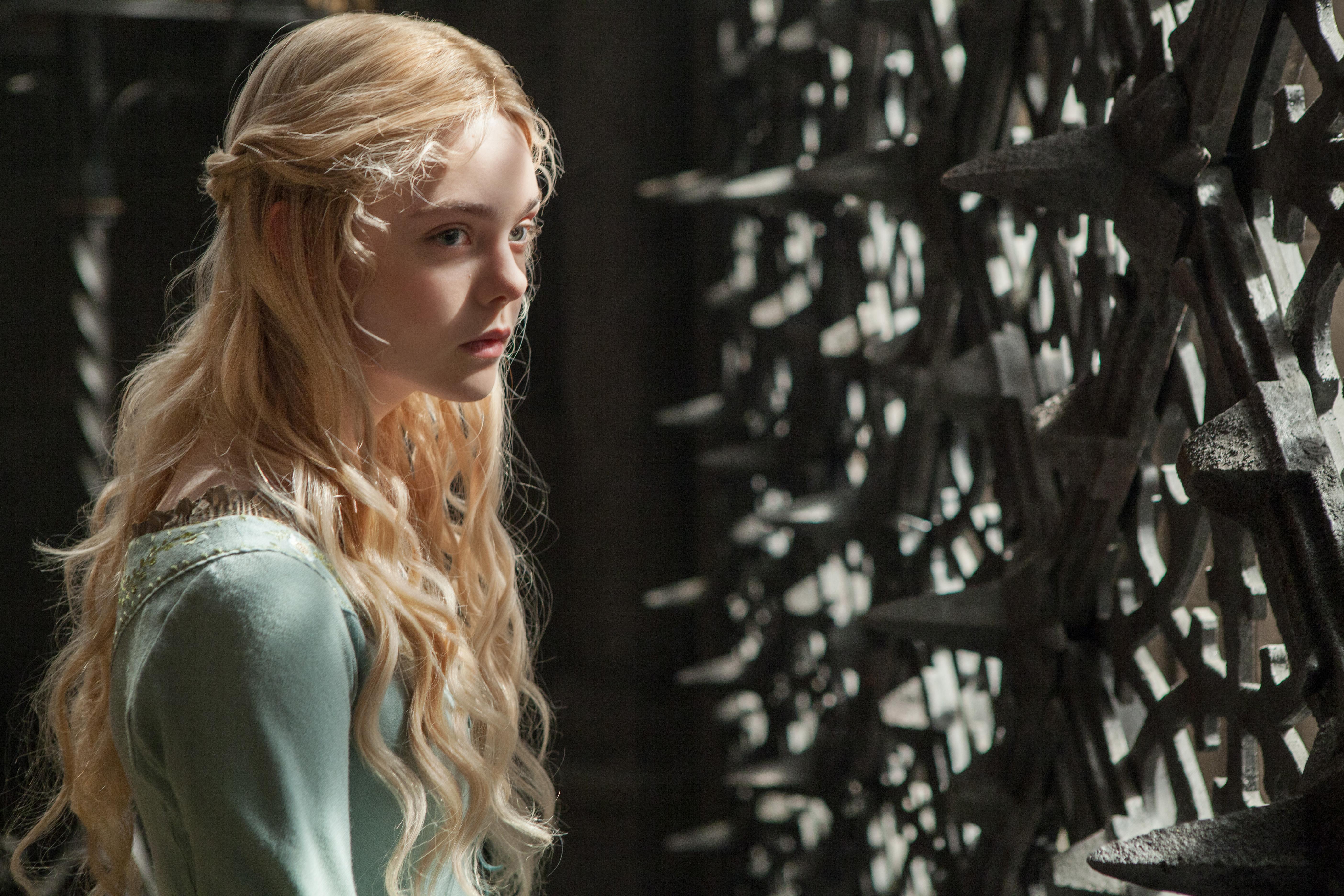 princesa aurora malefica elle fanning