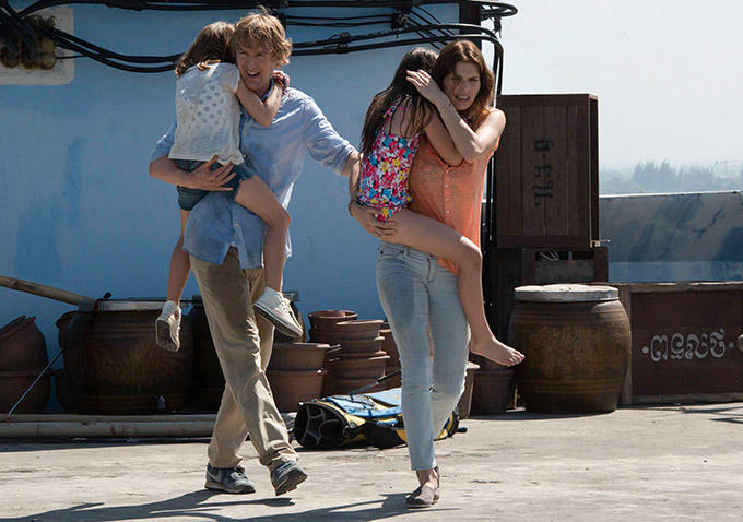 owen wilson lake bell no escape
