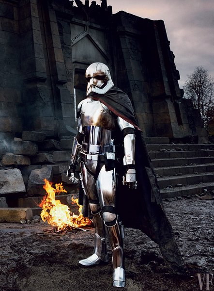 capitan phasma star wars despertar fuerza gwendoline christie