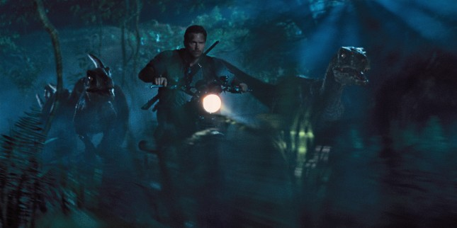 jurassic world raptores chris pratt