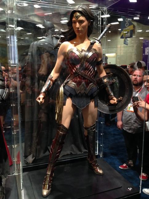 traje mujer maravilla comic con 2015