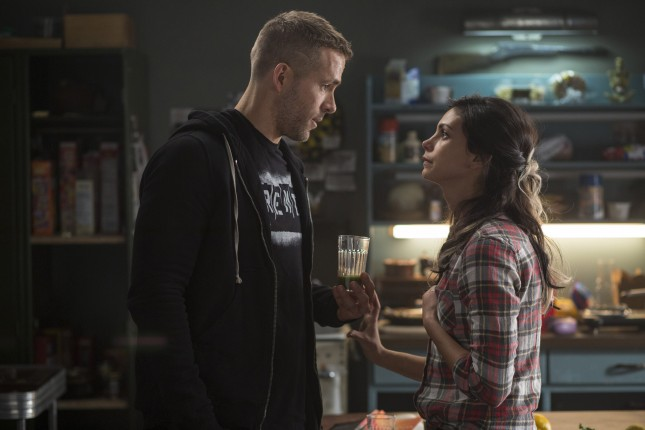 deadpool ryan reynolds morena baccarin