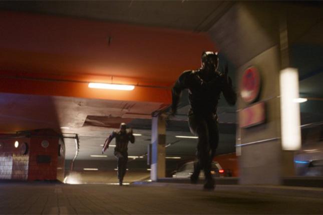 black-panther-chase