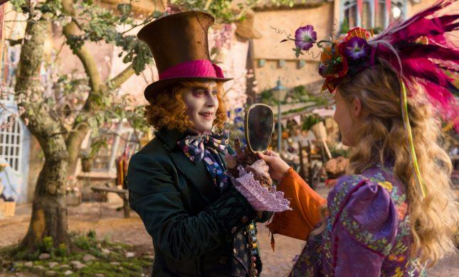 Alice a traves del espejo