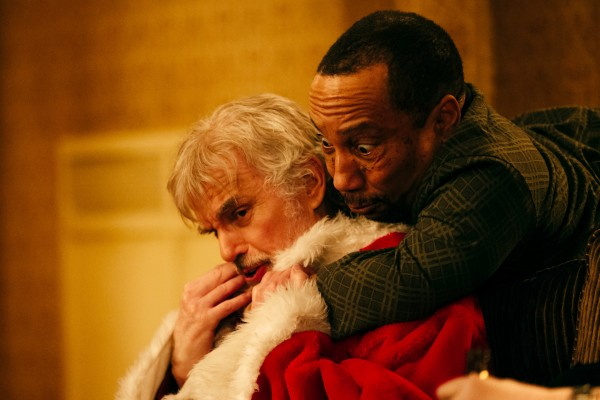 bad-santa-2-billy-bob-thornton-tony-cox-600x400