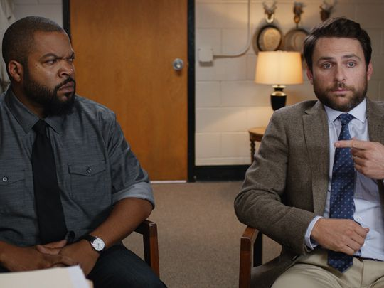 fist-fight-image-ice-cube-charlie-day