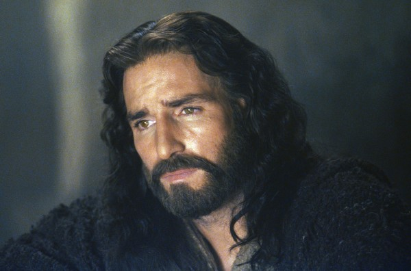 the-passion-of-the-christ-jim-caviezel-600x396