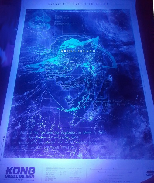 kong-skull-island-poster-viral-black-light-507x600