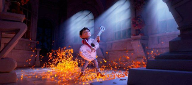 coco-firstlook-miguel-guitar-700x311