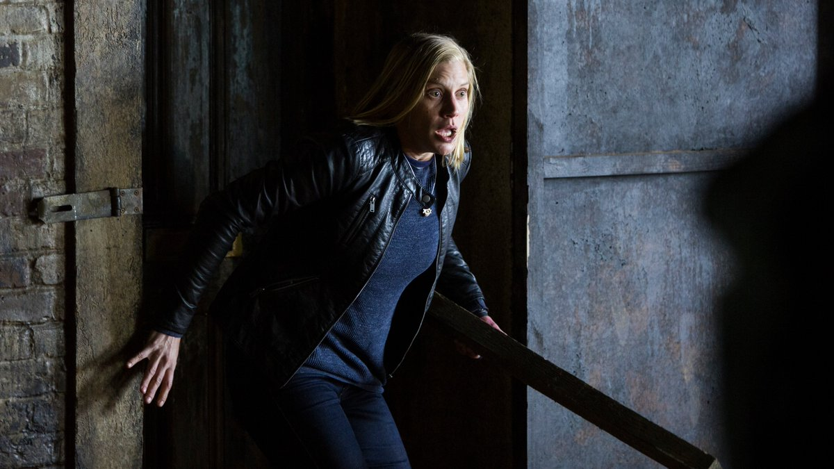 katee sackhoff dont knock twice