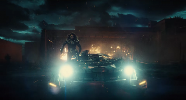 justice-league-trailer-images-45-600x323