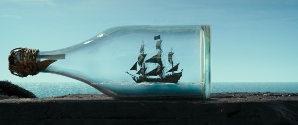 pirates-of-the-caribbean-dead-men-tell-no-tales-ship-600x251