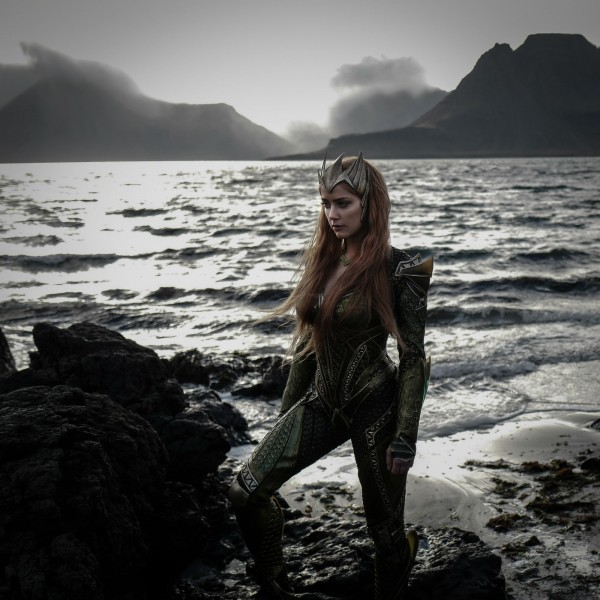 justice-league-mera-amber-heard-600x600