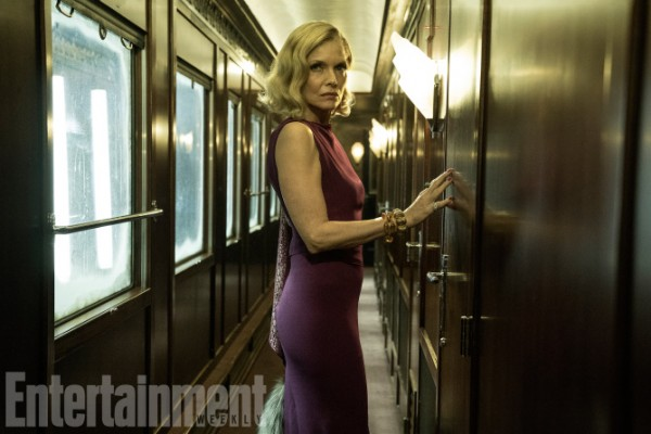 murder-on-the-orient-express-michelle-pfeiffer-600x400